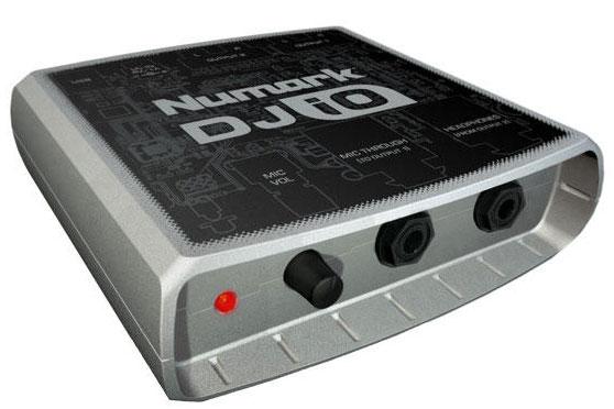 Numark DJ IO