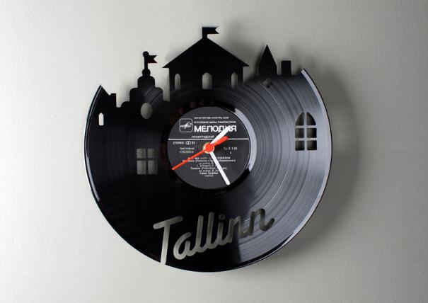 Re-Vinyl Clock