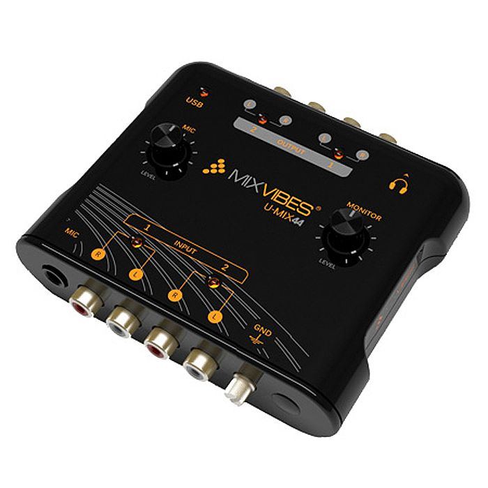 The Mixvibes U-MIX44 is typical of DJ sound cards.
