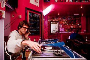 Kitsch DJ