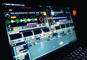 Sample decks in Traktor Scratch Pro