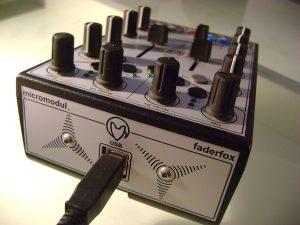 Faderfox DJ3 rear