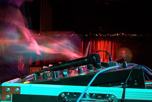 Lightning DJ
