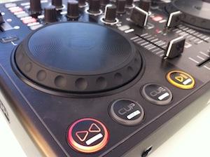 Reloop Mixage Review Jogwheels
