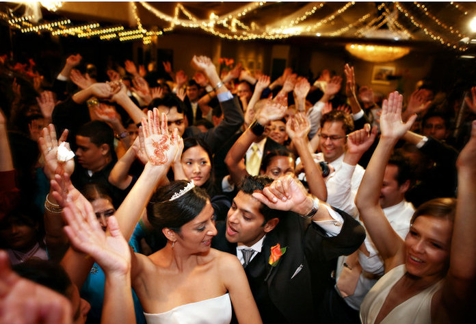 6 Essentials For DJing At Weddings