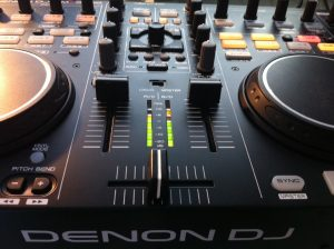 Denon MC3000 review mixer