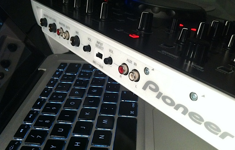 Review Video Pioneer Ddj Ergo V Dj Controller Digital Dj Tips