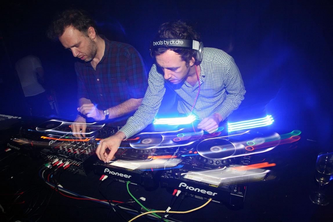 2 Many DJs2