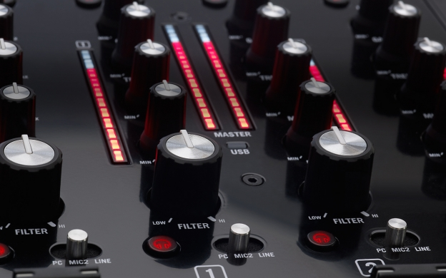 NS7 II knobs