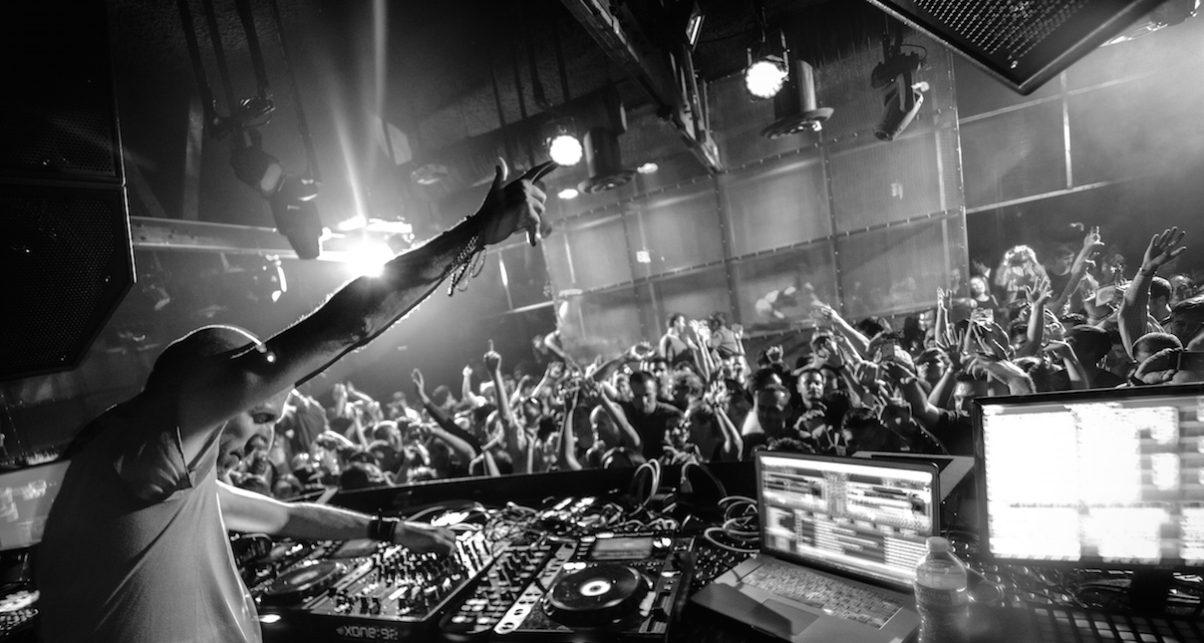 THE CLUB DJ GUIDE PDF
