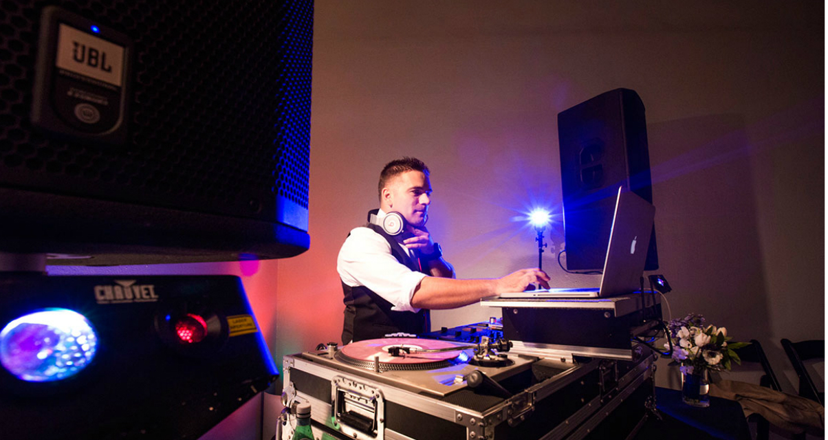 Why It's Worth Paying For a Pro DJ