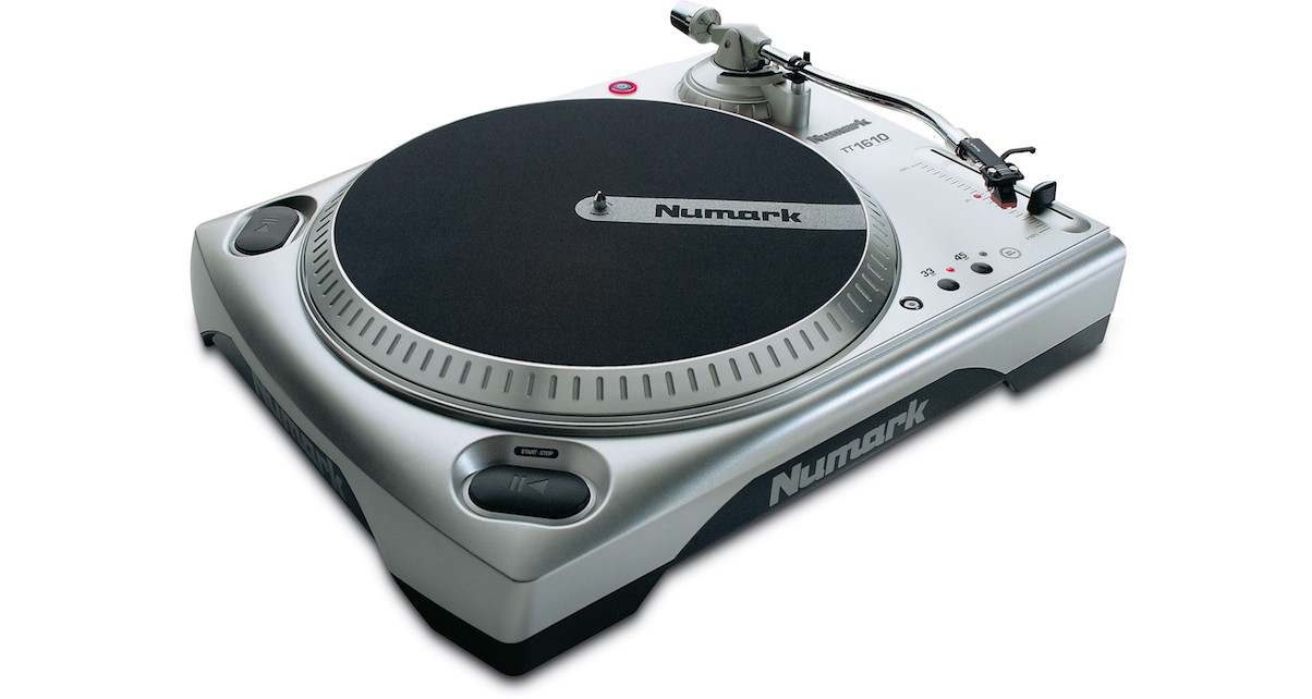 The Numark TT1610 looks like a DJ turntable but it doesn't cut the mustard.