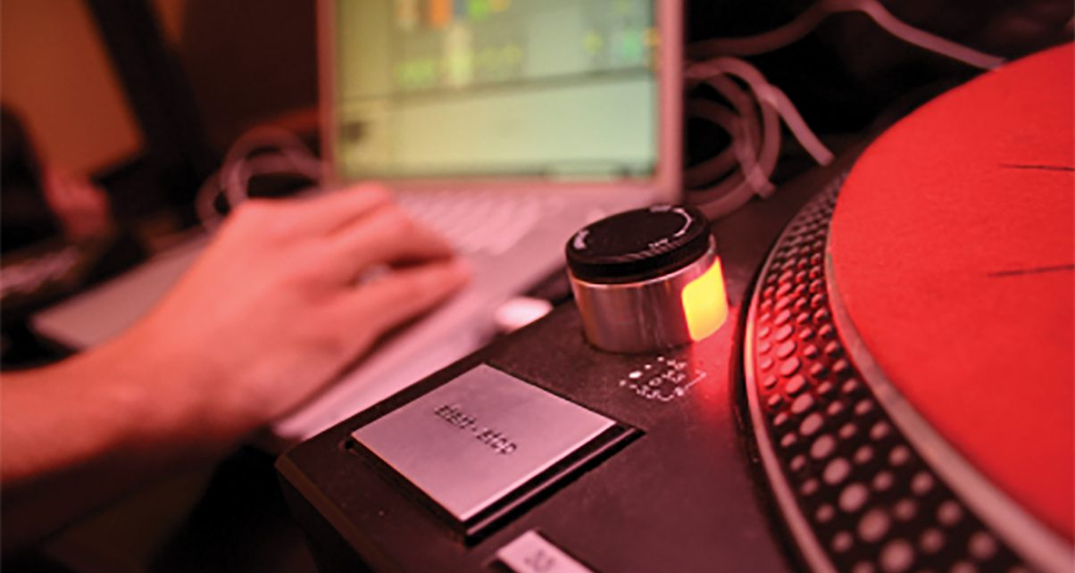7 Laptop Tips For Trouble Free Djing
