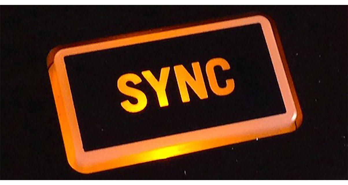 c4e5c2ecc9f43 5 Essential Tips For Better Sync Mixing - Digital DJ Tips
