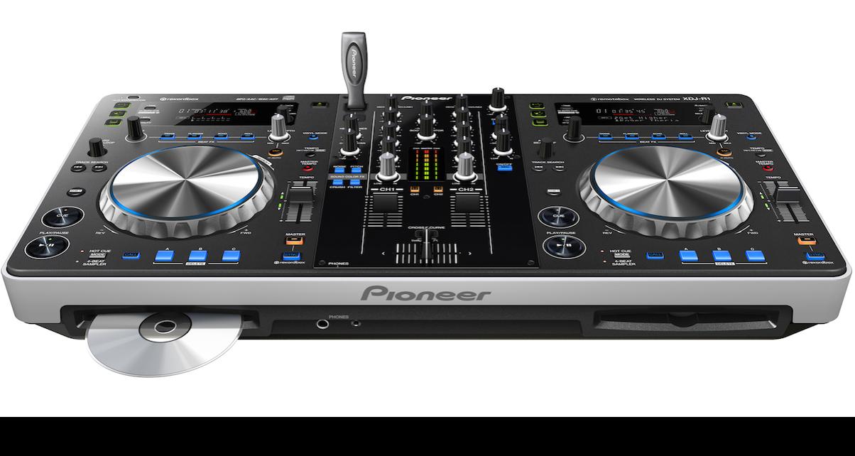 Controller Clinic #36: DJing With Traktor, CDJs and USBs?