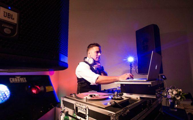 Pro DJ Main Image