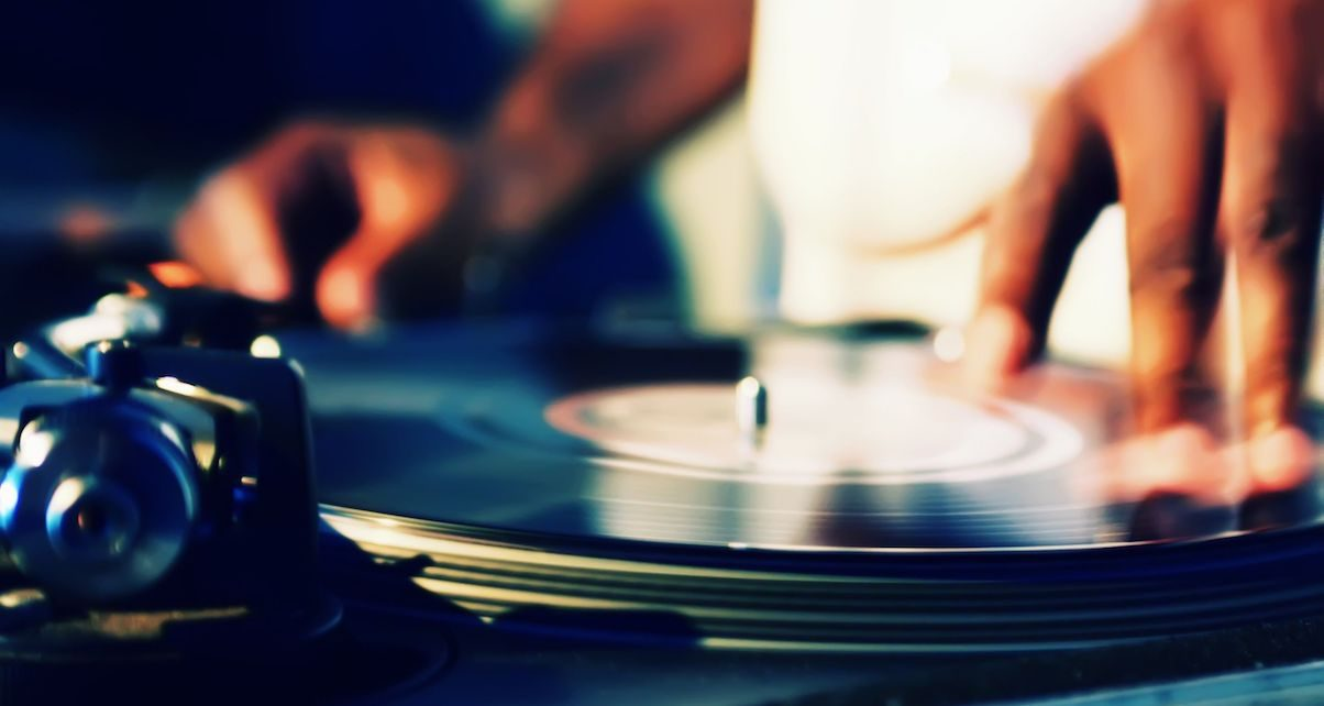 Roundup: 5 Best Entry-Level Turntables