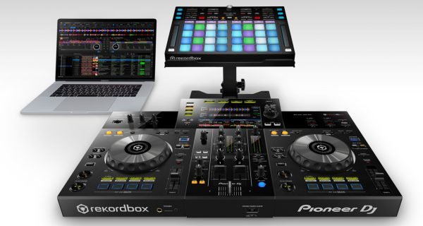 Pioneer DJ XDJ-RR All-In-One Rekordbox DJ System Review - Digital DJ
