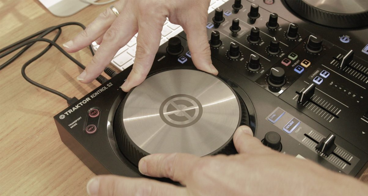 Native Instruments Traktor Kontrol S2 Mk3 Review - Digital