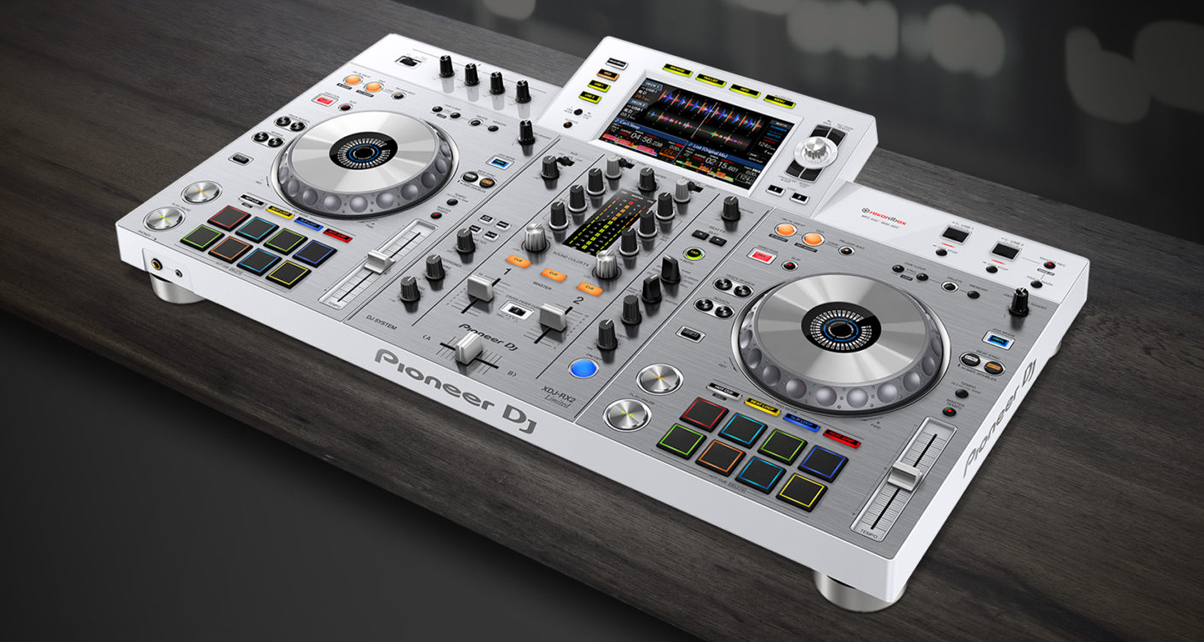 pioneer dj xdj rx2 now comes in white digital dj tips. Black Bedroom Furniture Sets. Home Design Ideas