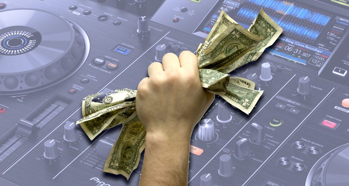friday five how to get top dollar for your used dj gear digital dj tips. Black Bedroom Furniture Sets. Home Design Ideas