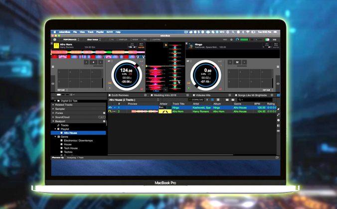 How To DJ With Digital DJ Controllers & Pro Gear - Digital
