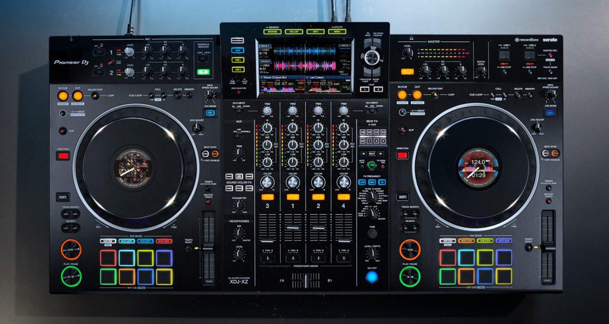 Pioneer DDJ-SZ2 Flagship Professional 4-Channel Serato DJ