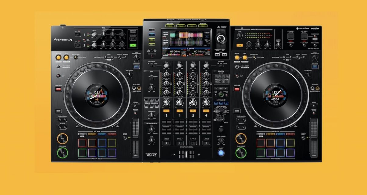 Pioneer DJ XDJ-XZ Serato DJ Pro