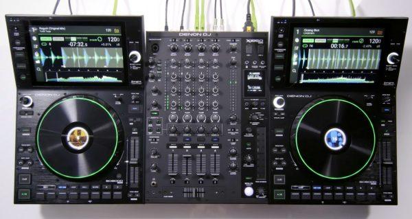 Pro Denon DJ Prime setup